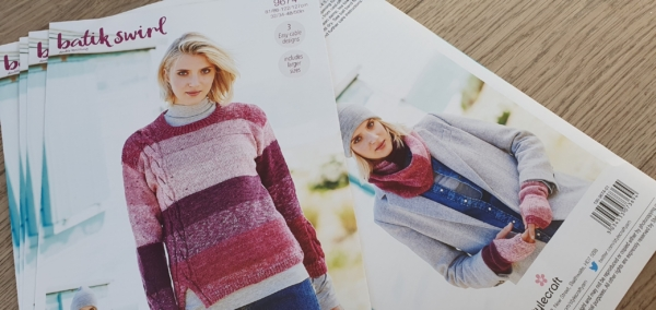 9674 Sweater, Double Loop and Wristwarmers